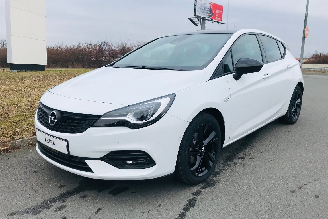 Opel Astra K 1.2 Turbo ULTIMATE 5dv.